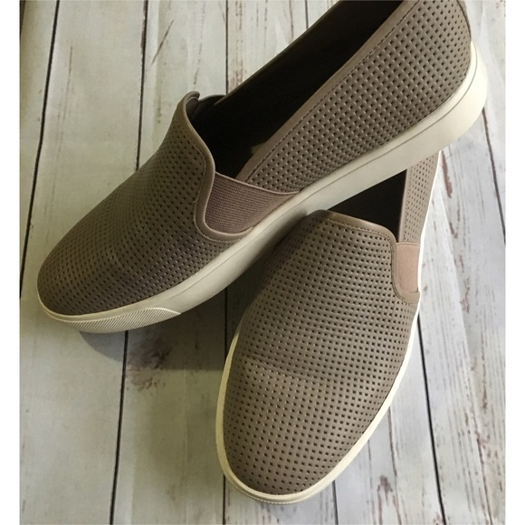 601e44d52484 Vince. Blair Perforated Leather Slip On Sneakers. M 5aa736d2077b97a8a49cbd38